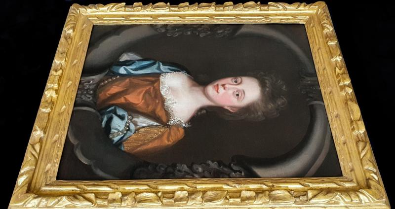 Portrait d'Une Jeune Femme En Robe Rousse Avec Un Foulard Bleu Vers 1680-photo-2