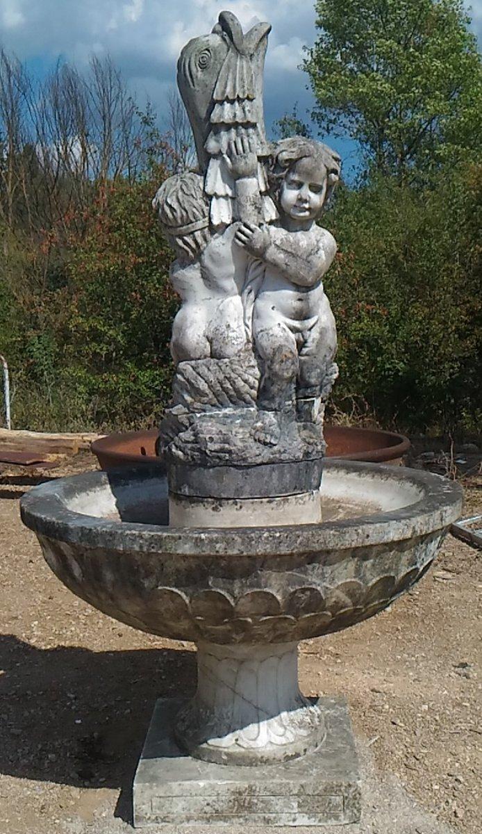 Belle Fontaine Sculptée en Marbre massif