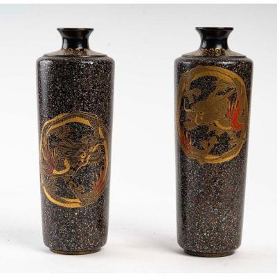 Paire De Vases Japonais Aux Dragons