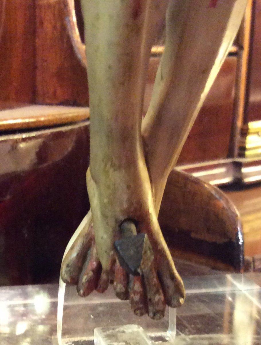 Christ En Bois Sculpté -photo-4