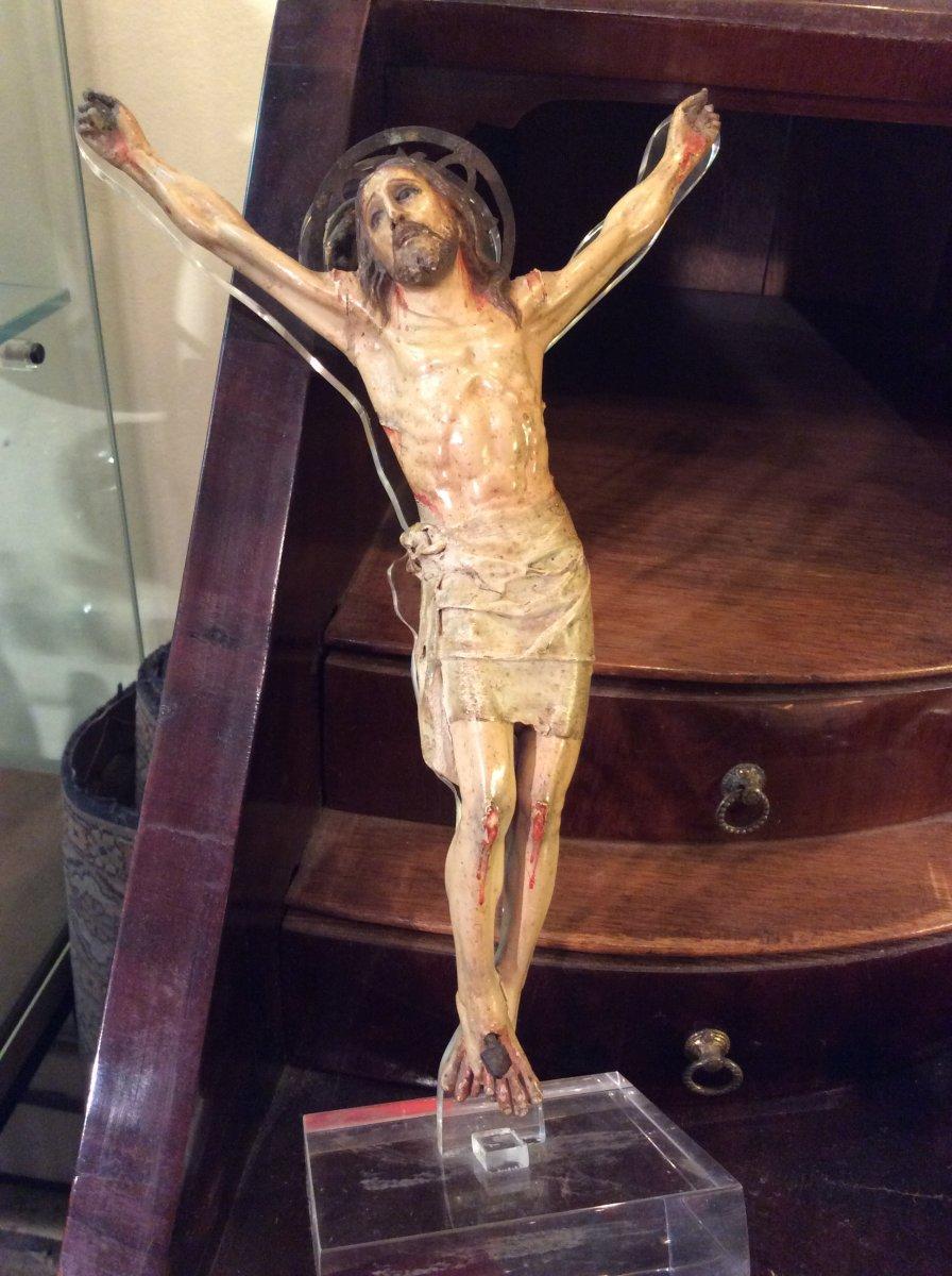 Christ En Bois Sculpté