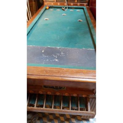 Old Russian Billiards Game