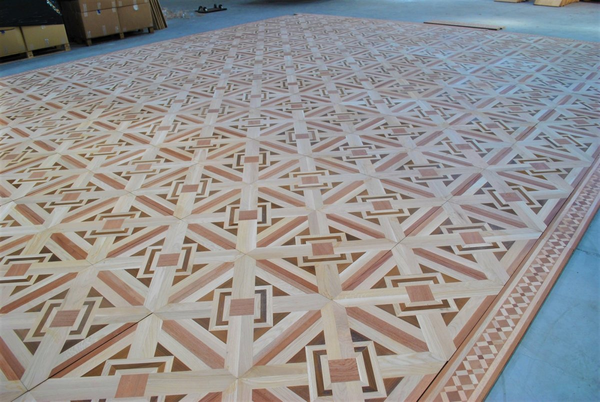 Old Parquet, Approx 45m² In Marquetry From Different Woods, Fully Restored,  20th Century
