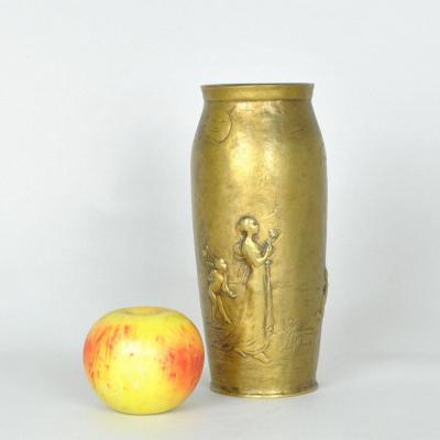 J Chéret, Nocturnal Idyll, Signed Bronze Vase, Art Nouveau, 20th Century