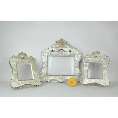 Tryptique Of Mother Of Pearl Frames, Decorated With Religious Scenes, Late 18th Century Early 19th Century