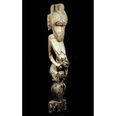 Great Hampatong Figure From The Ngadju Dayak Or The Ot Danum People - Borneo