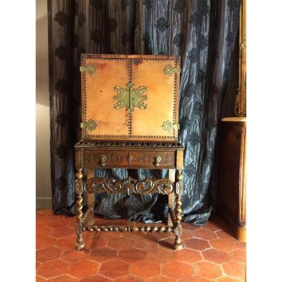 Cabinet En Forme De Coffret De Voyage - 19-ème Siècle