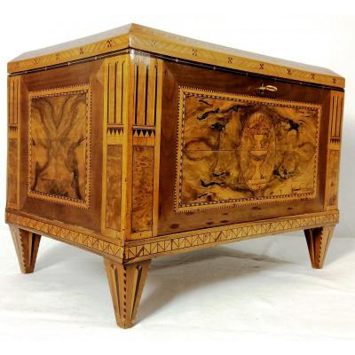 Large Box In Marquetry Of Fruit Wood, 18th Century