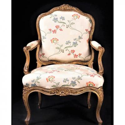"Stamped ""nogaret A Lyon"", Magnificent Armchair Said To The Queen - Louis XV Period"