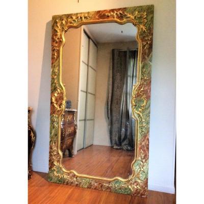 Important Miroir De Boiserie En Bois Sculpté Et Doré - Début XIXème Siècle