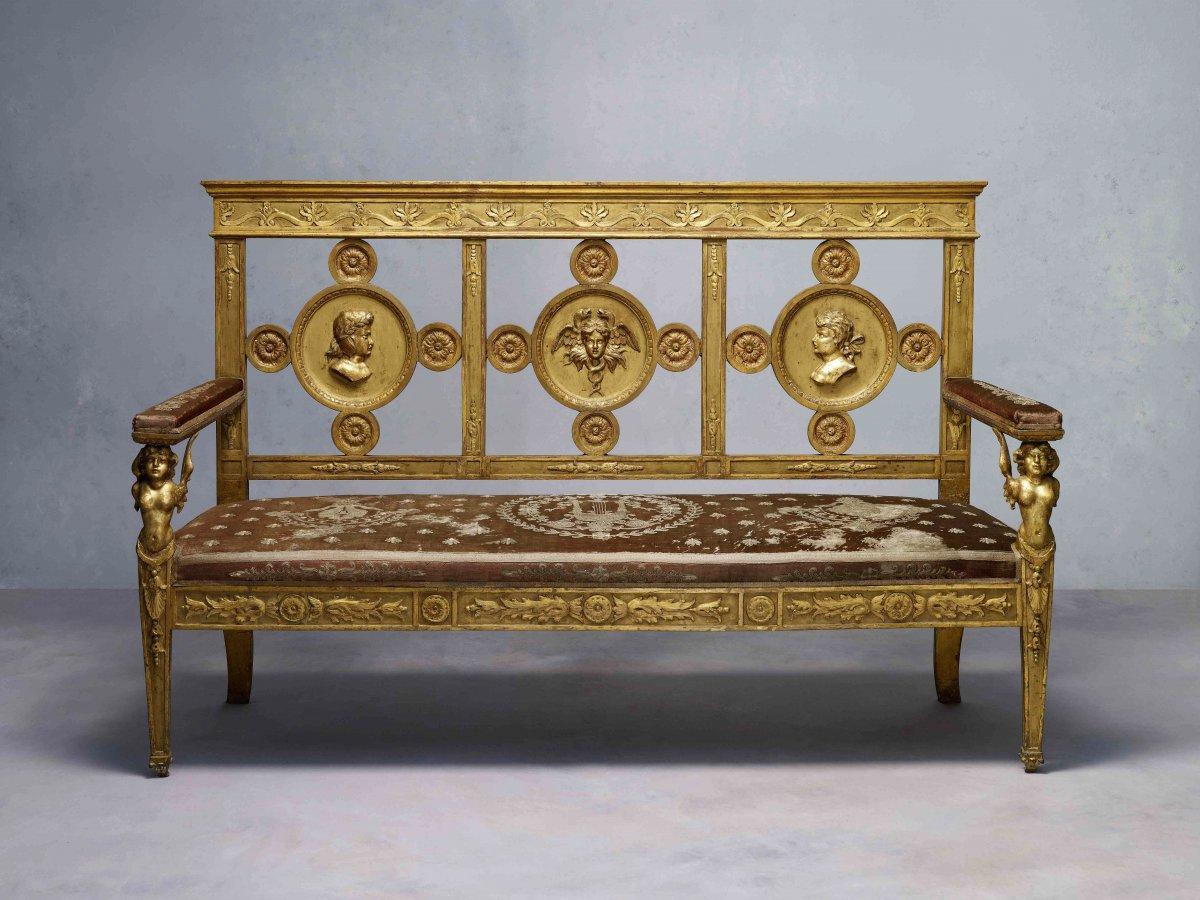 Banc de l'époque Empire, sculpté et doré avec son tissue originale, Lucca vers 1800