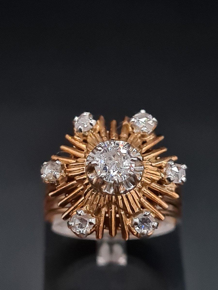 Bague Fleur Des Années 1960, Or Platine Et Diamants