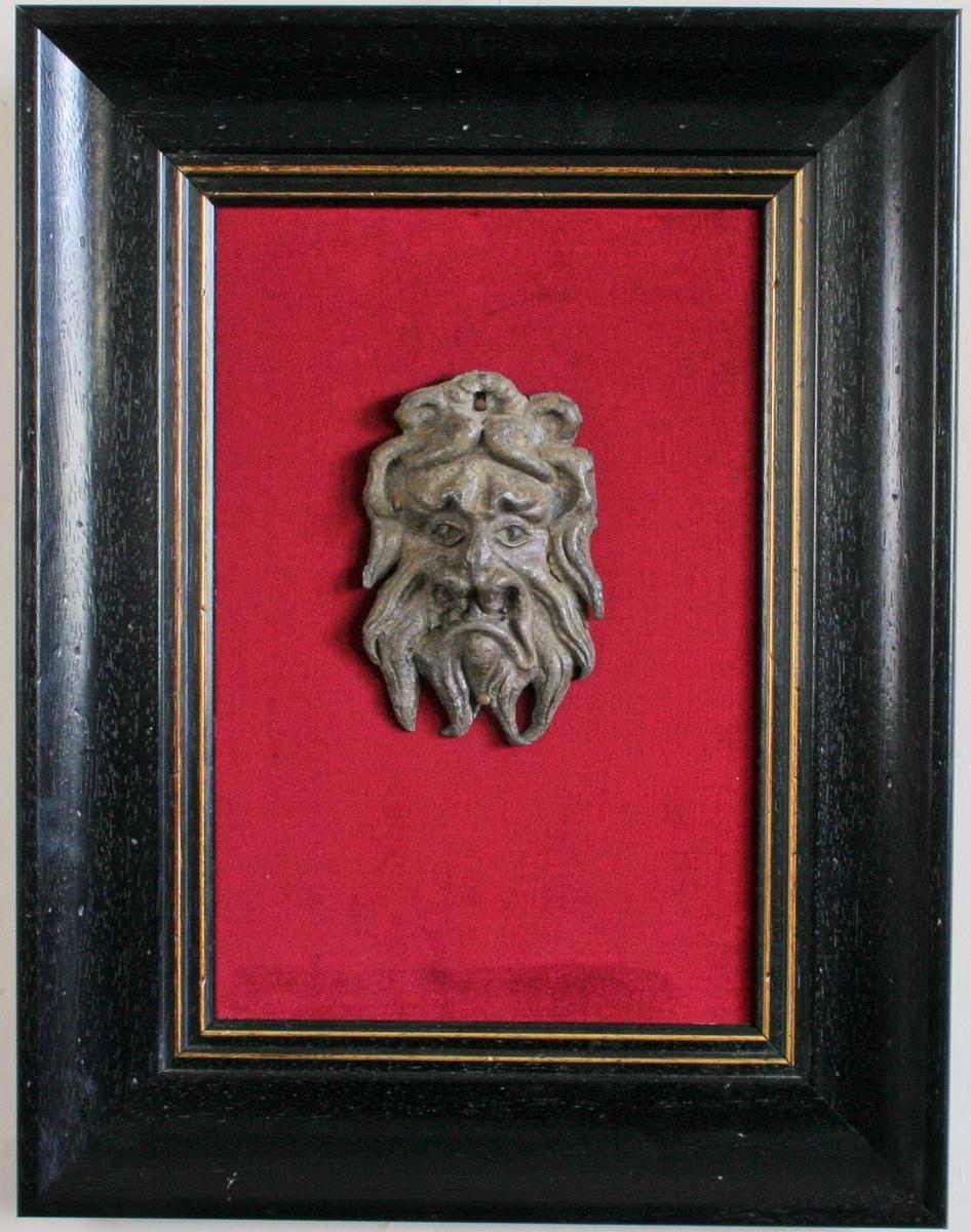 Mascaron En Plomb Patiné, époque Renaissance,encadré