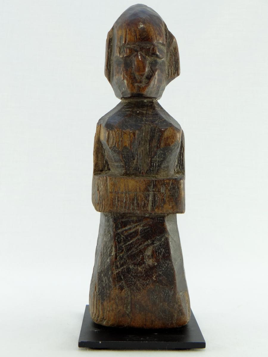 Inde, XIXème Siècle ou Antérieur, Statuette de Divinité en Bois Sculpté.