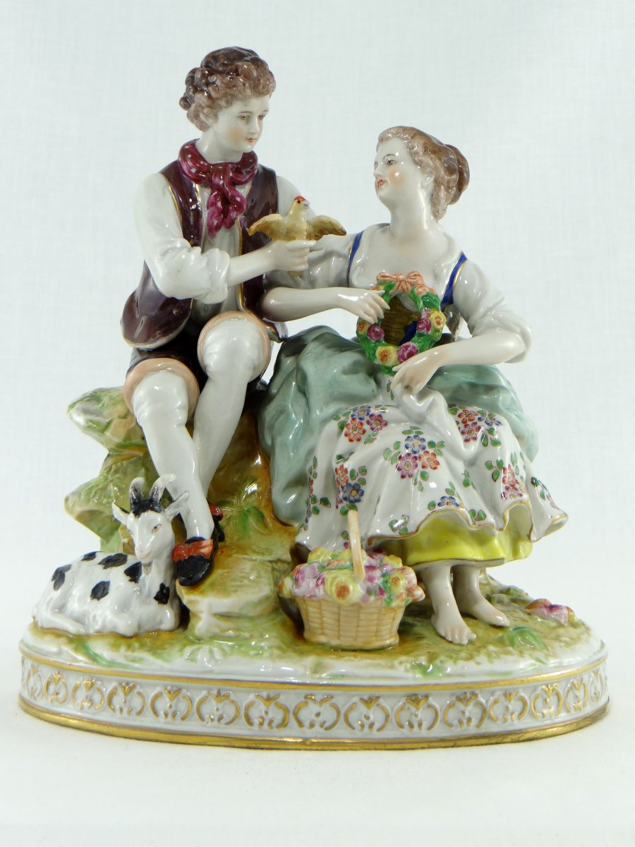 Manufacture Mann And Porzelius (rudolst Vol.) About 1900, Group Porcelain Scene Galante.