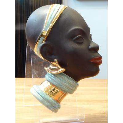 Goldscheider 1950, Profile Africanist Contained A Young Woman.