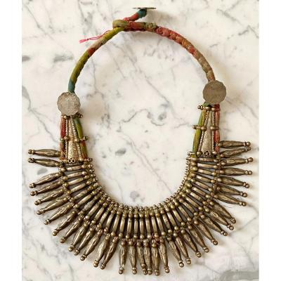 Old Himalayan Tribal Necklace In Silver Alloy.