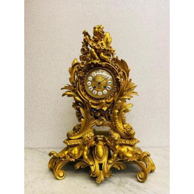 Pendule De Style Rococo Du 19ème Siècle