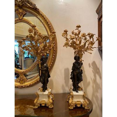 Paire De Bougeoirs De Style Louis XVI