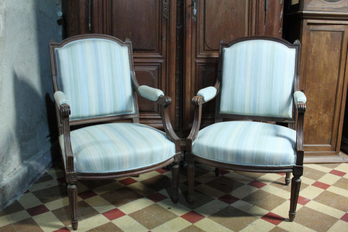 Deux Fauteuils  Louis XVI