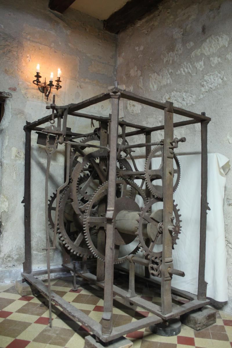 horloge de clocher en fer forg du 16 me si cle pendules anciennes. Black Bedroom Furniture Sets. Home Design Ideas