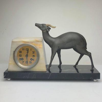 Pendule Arte Déco Antilope