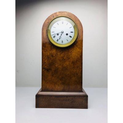 Horloge Borne En Loupe De Thuya