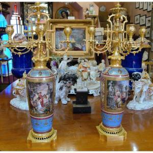 Paire De Chandeliers / Vases en porcelaine de Vienne - XIXème