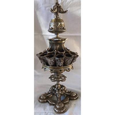PORTE CIGARES ALLUMETTES ET LAMPE À HUILE EN BRONZE ARGENTÉ.  RÉf: 299