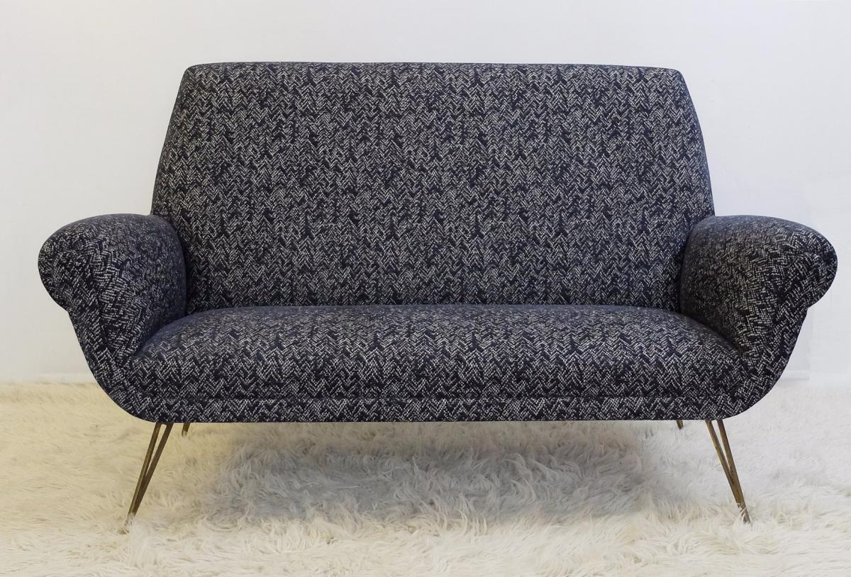 Sofa Italien Des Années 60 - Entièrement Recouvert