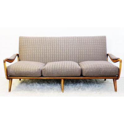 Sofa Nouvellement Recouvert