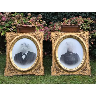 Pair Of Large Oval View Frames In Gilded Wood Napoleon III