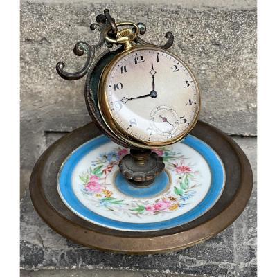 Porte-montre en laiton bronze patiné et porcelaine polychrome Napoléon III