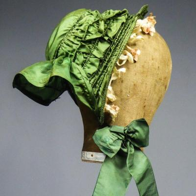 Hood Of Little Girl Or Taffeta Doll In Bavolet Circa 1860