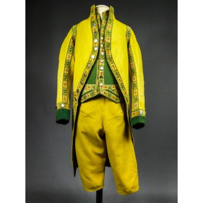 Full Livery Suit In Wool Cloth And Applique Ribbons - Spain (?) Circa 1780