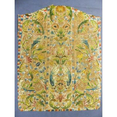Baroque Chasuble In Majolica Embroidery - Genoa (?) Italy 17th Century