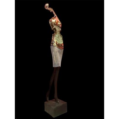 Jeune femme  Sculpture Signée En Bronze Laiton Et Verre Pilé Par Nowaczyk Christian
