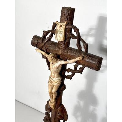 Crucifix d'Autel Forêt Noire XIXe Siècle