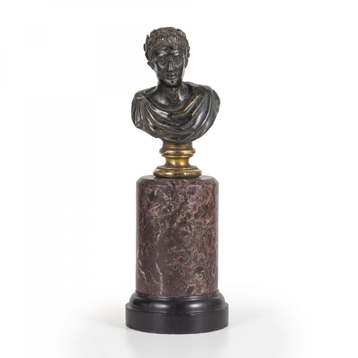 Petit Buste En Bronze De Jules Cesar, XVII Siecle