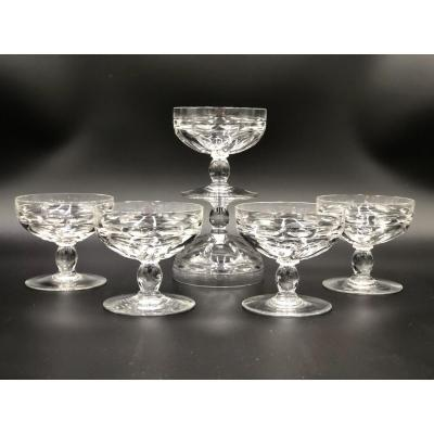 Série De 6 Coupes à Champagne, Verres à Cocktail En Cristal Taillé De Baccarat.