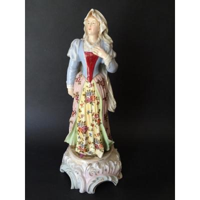 Grande et fine figurine en porcelaine de Saxe, XIXe, signée, numérotée, proche Meissen