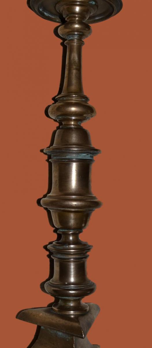 Bougeoir un Feu en Bronze, 57 cm de haut sur Pied Tripode du XVIIème-photo-3