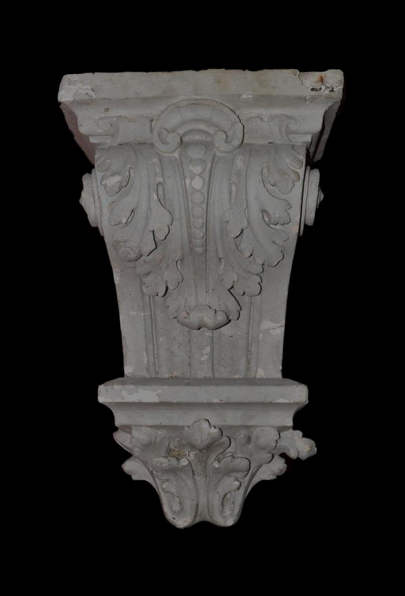 Console Plaster Nineteenth Century To Acanthus Leaves Decor