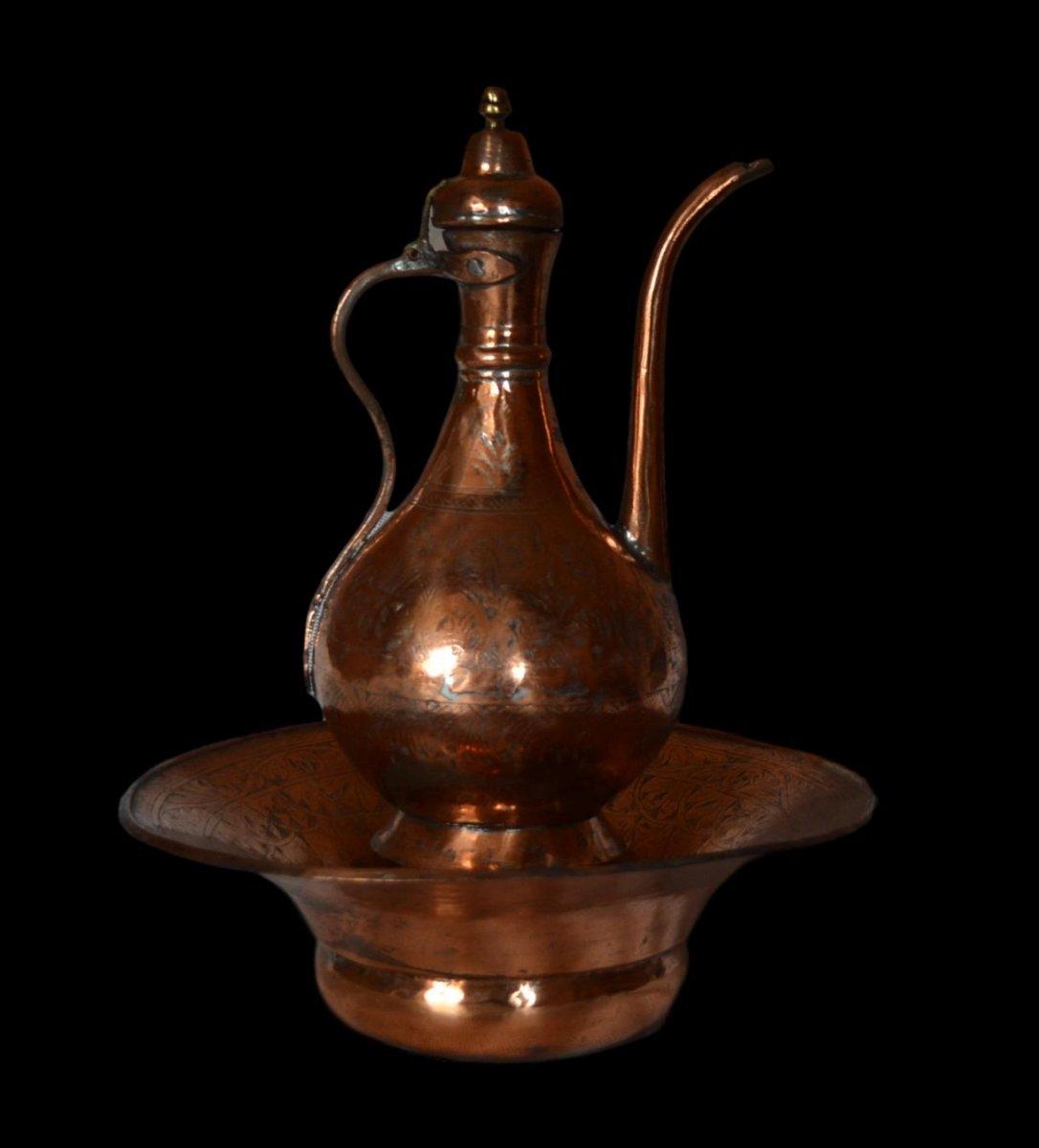 Aiguière et son bassin, cuivre rouge ciselé, Empire Ottoman, fin du XIXème Siècle, -photo-3