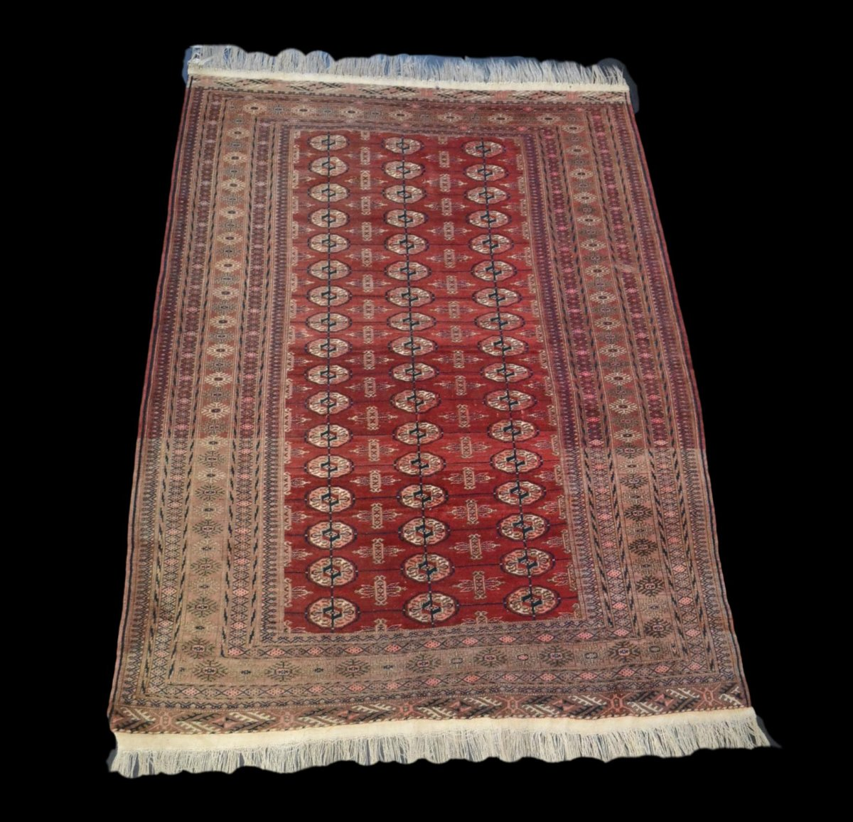 Bukhara-tekke Rug, Central Asia, 133 Cm X 180 Cm, Hand-knotted Wool, Before 1950,