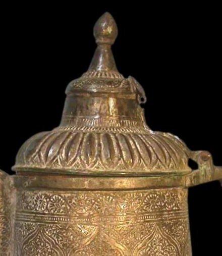 Théière-bouilloire, Perse, Asie centrale, cuivre au repoussé, XIXème siècle-photo-1