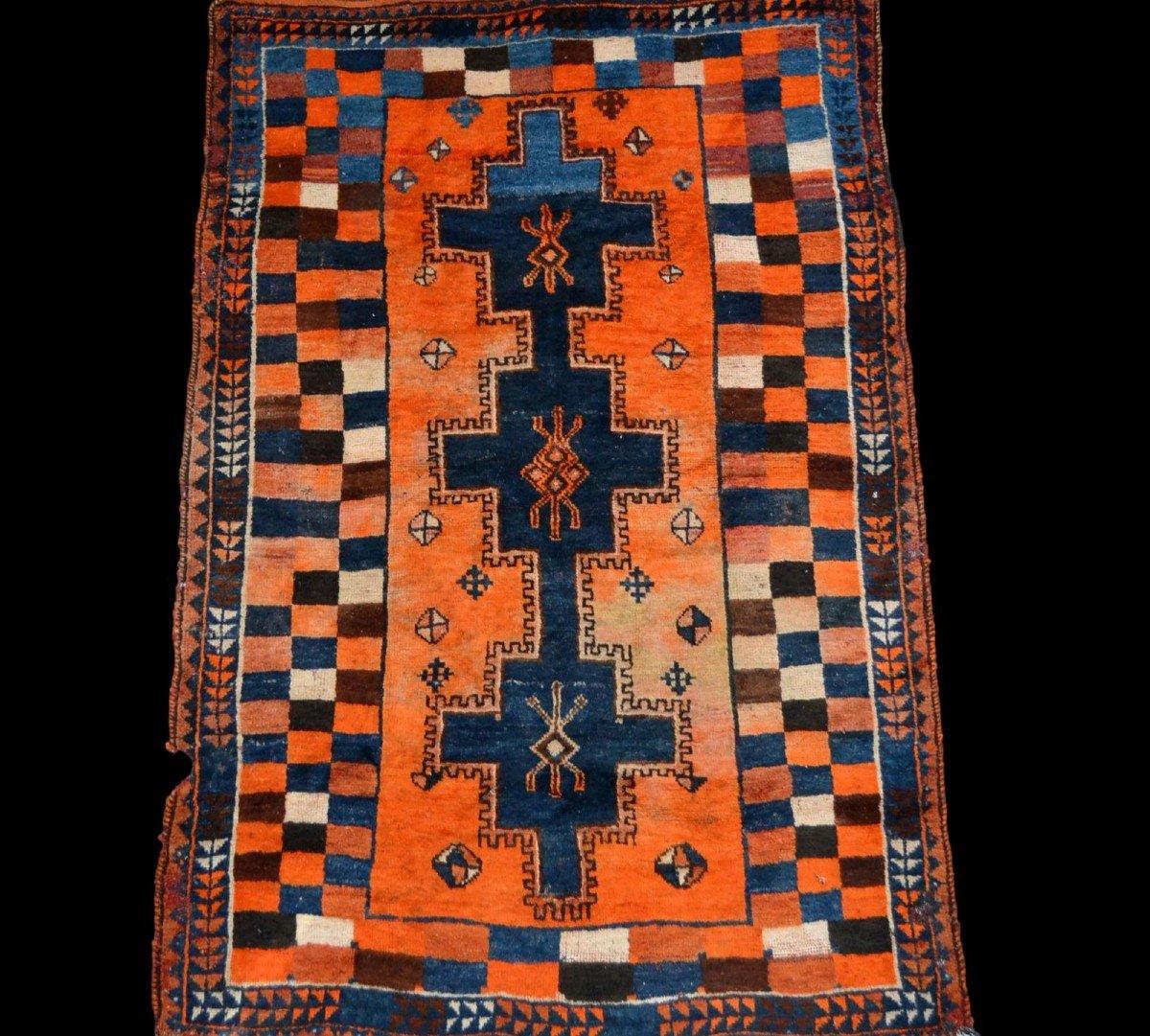 Tapis Gabbeh ancien, Iran, 126 cm x 196 cm, laine nouée main, début du XXème Siècle, rare
