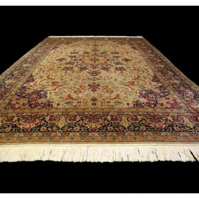 Persian Tabriz Rug, 250 Cm X 383 Cm, Iran, Hand Knotted Kork Wool, Circa 1970, In Very Good Condition