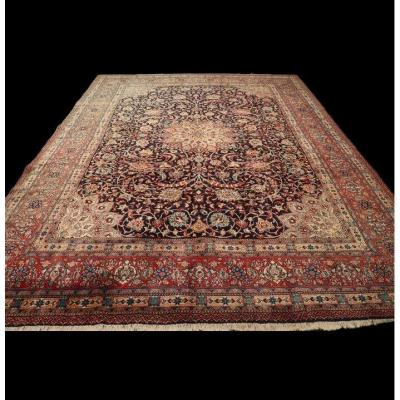 Persian Sarough Rug, Iran, 267 Cm X 367 Cm, Hand Knotted Wool Around 1960, In Good Condition
