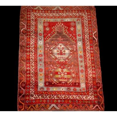 Tapis Kirsehir ancien, Anatolie, Turquie, 102 cm x 166 cm, début du XXème Siècle